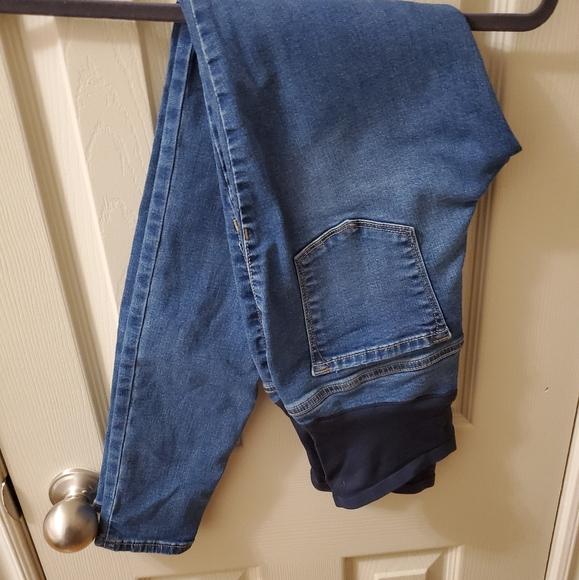 Old Navy Denim - Maternity Jean's